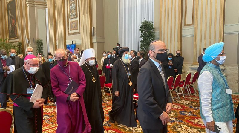 Amidst MP Condemnation of Eastern Papism, Associations with Western Papism Continue; Future Second Meeting between Kyril and Francis Planned